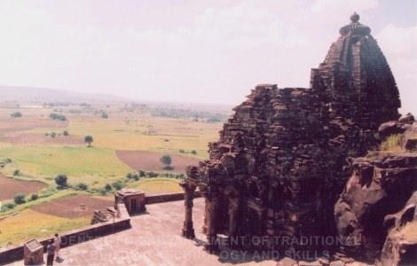 Gyaraspur