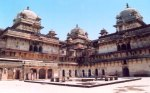 Jahangir Mahal 01