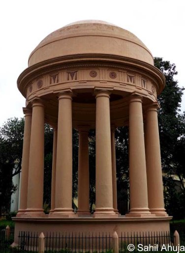 Rohilla Memorial Calcutta 1